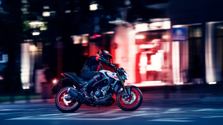 Yamaha-МТ-03-2
