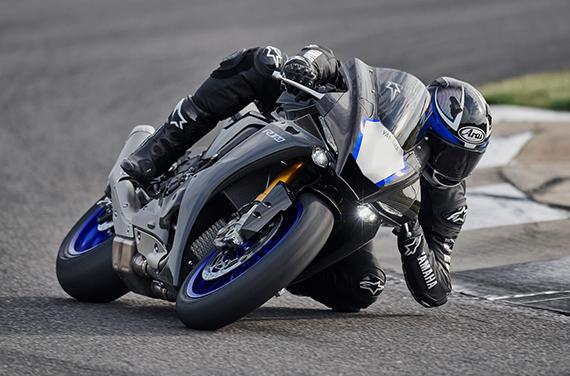 Yamaha-YZF-R1M-7