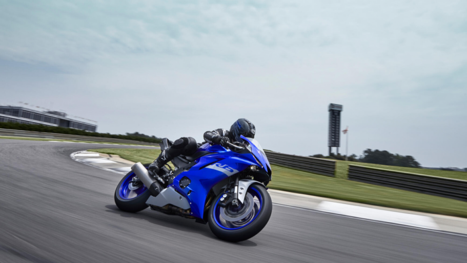 Yamaha-YZF-R6-Race-5