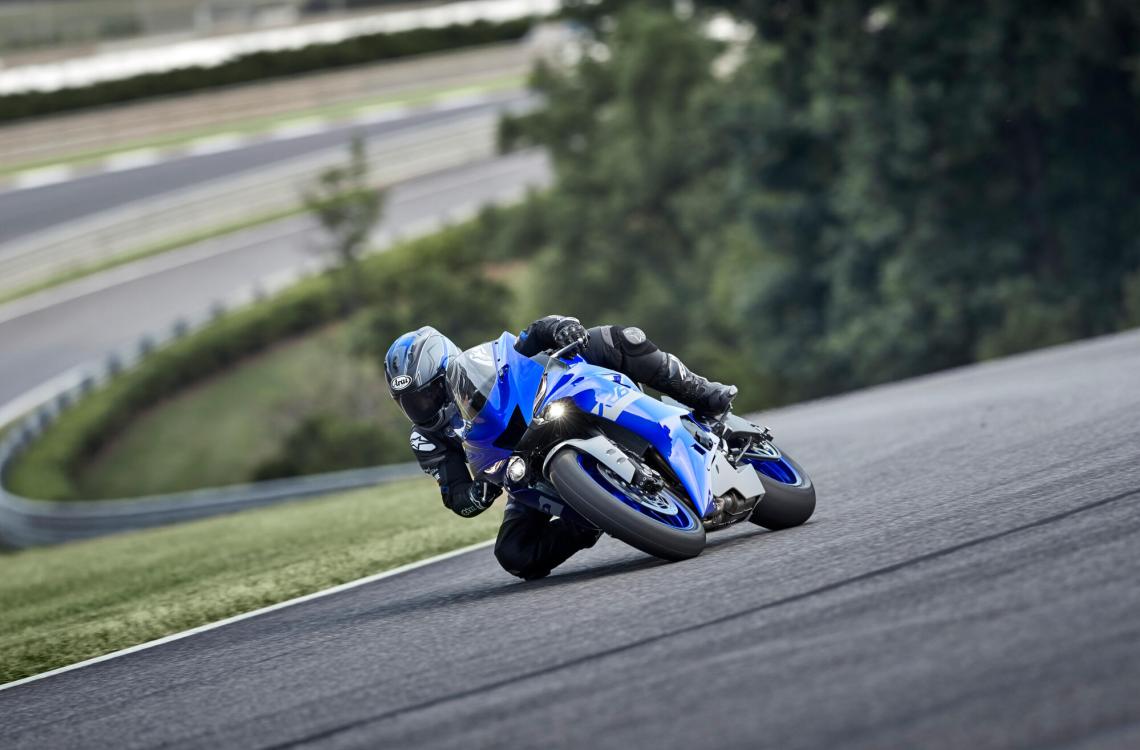 Yamaha-YZF-R6-Race-7