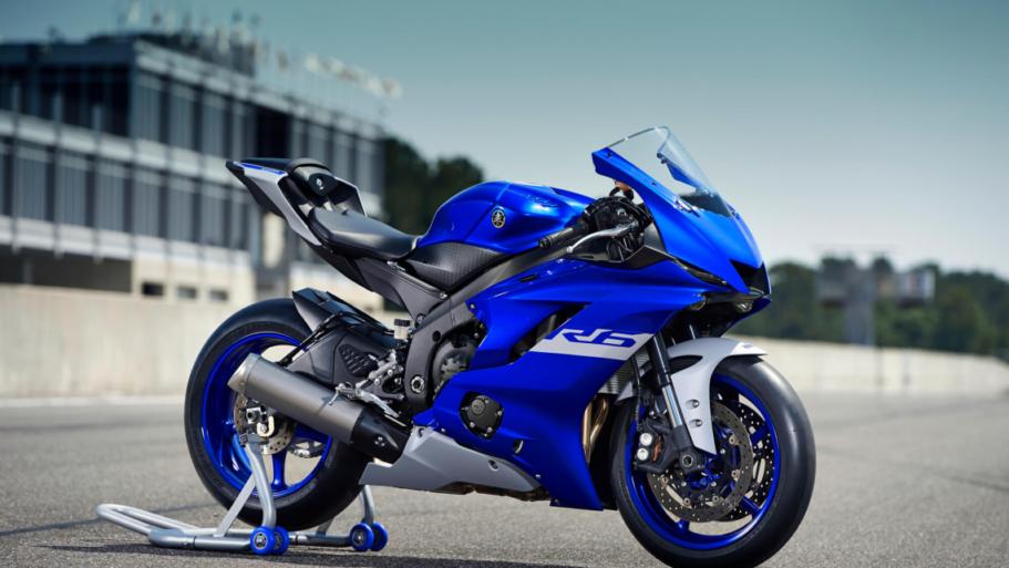 Yamaha-YZF-R6-Race-10