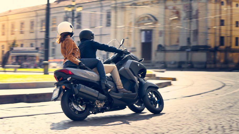 Yamaha-Tricity-300-10