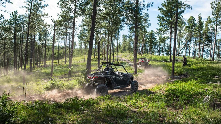 rzr100-trail-s-1