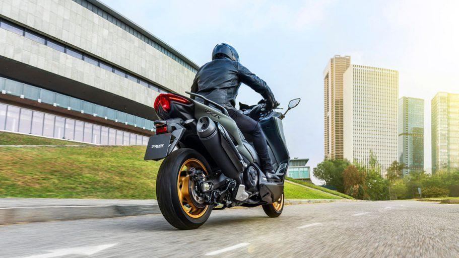 Yamaha-TMAX-Tech-MAX-3
