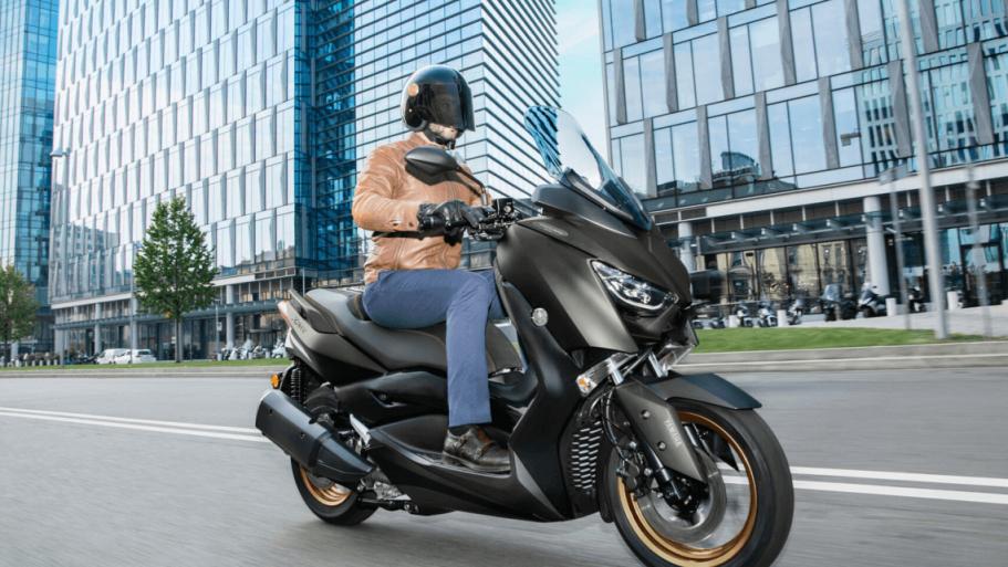 Yamaha-XMAX-300-Tech-MAX-3